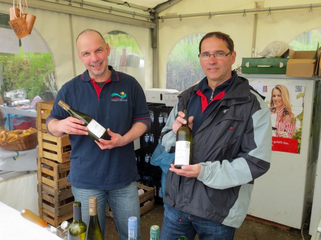 Weinlagenwanderung 2013 Weinverkauf im Paulus