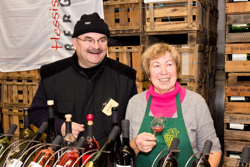 Weingut Mohr Bensheim - Maria Mohr mit Kellermeister Peter Arnold